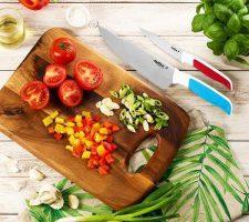 Chef_SerratedKnifeLifestyle_LR_1800x1800
