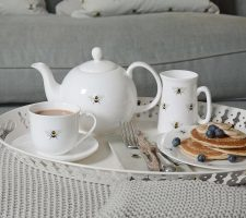 bees-collection-tea-setting-high-res-square_720x