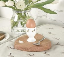 ecga01-bunny-egg-cup-lifestyle-high-res-square_720x